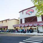 Hannaford's new prototype store has Price Chopper in mind