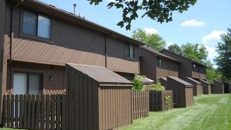The 360 Unit Woodbridge Apartments Off New La Grange Road Is Undergoing A  Renovation By