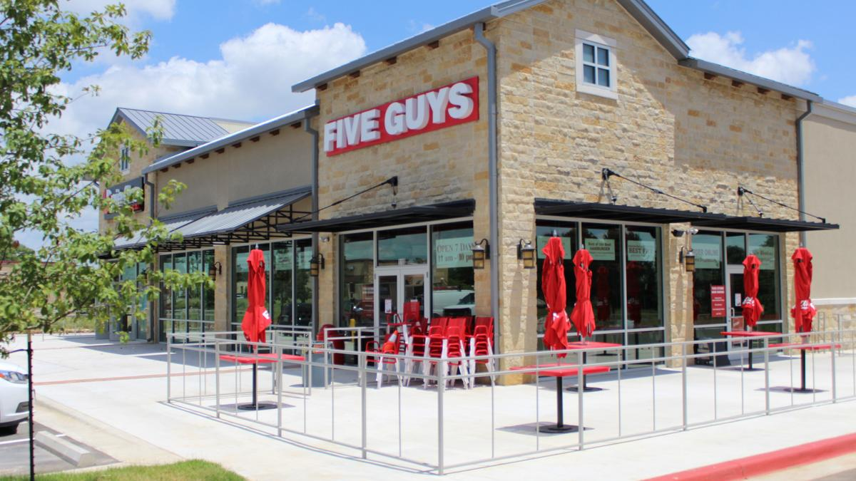 five guys burgers and fries potbelly opening at drexel town square milwaukee milwaukee. Black Bedroom Furniture Sets. Home Design Ideas