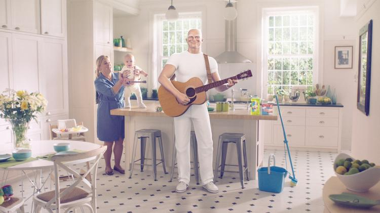 Procter & Gamble's new commercial for Mr. Clean features a jingle from the 1950s.