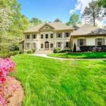 Home of the Day: Stately Private Estate on 2.3 acres