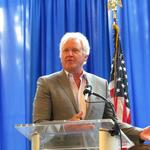 GE chairman at Dayton forum: <strong>Don</strong>'t give up on globalization