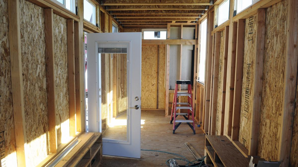 Five things to know about a tiny house building contest - What to know when building a house ...