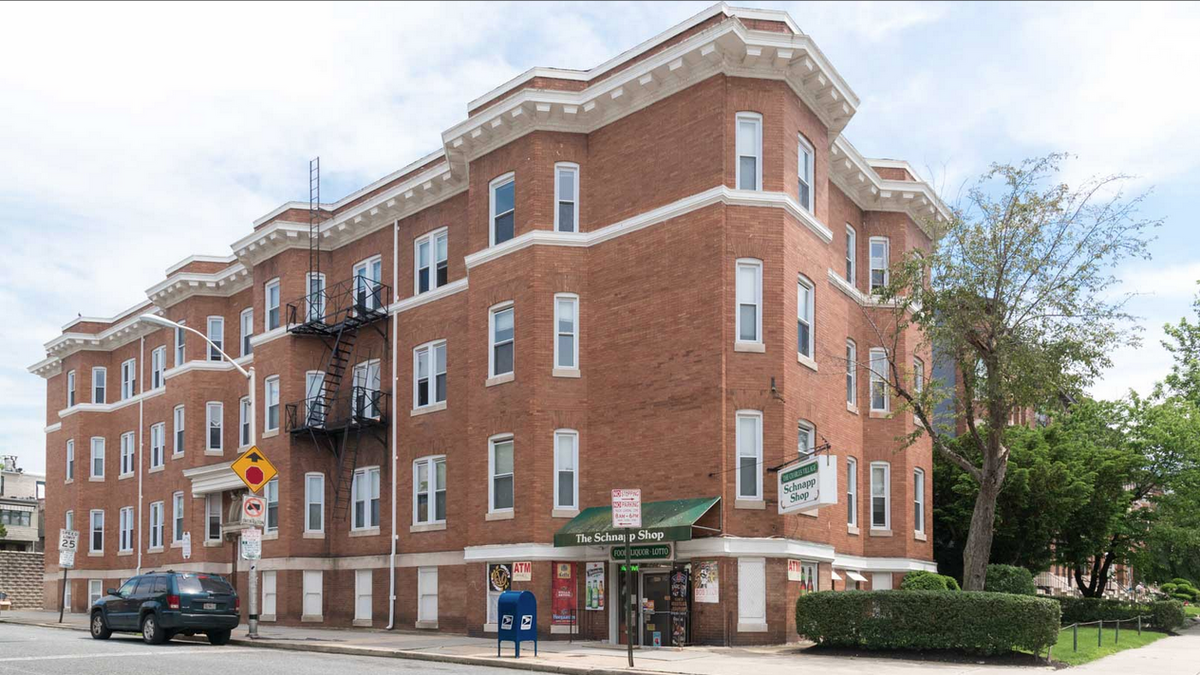 Apartment Building Auctions charles village apartment building up for auction - baltimore
