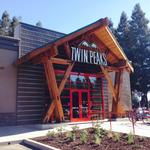 Even as brand grows, Twin Peaks a long way from Wall Street
