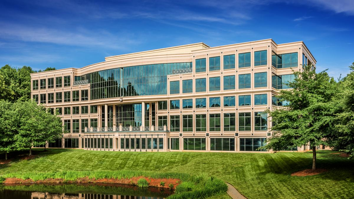 Three water ridge office building acquired for 35 million for Park ridge building department