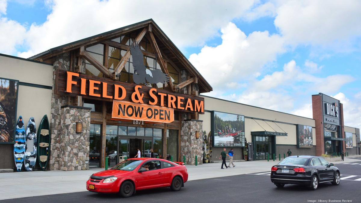 Dick 39 s sporting goods brand field and stream opens in for Dicks sporting goods fishing