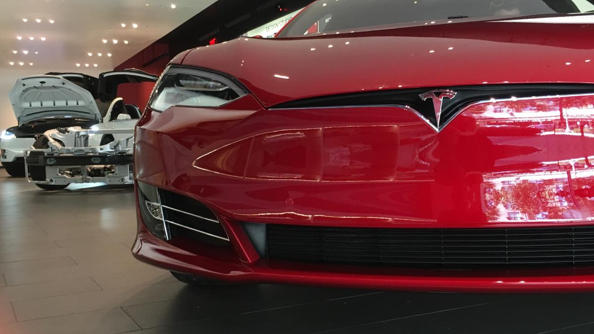 Tesla Motors Inc Considering To Open Electric Car Gallery