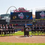 NHL commissioner officially awards Winter Classic to St. Louis (Photos)