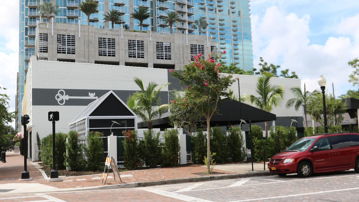 Franklin Manor Opening Date In Downtown Tampa Photos