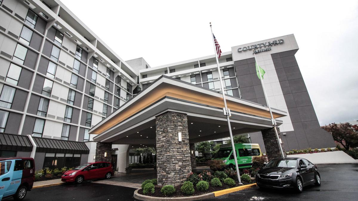 City Avenue Hotel Completes 15m Rebrand Into Marriott Product Philadelphia Business Journal