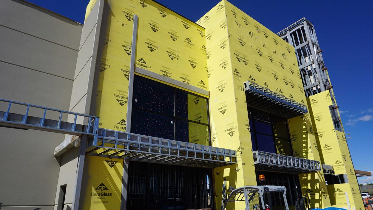 Flix Movie Theater >> Flix Brewhouse on Albuquerque's Westside fixing its new movie theater with many company firsts ...