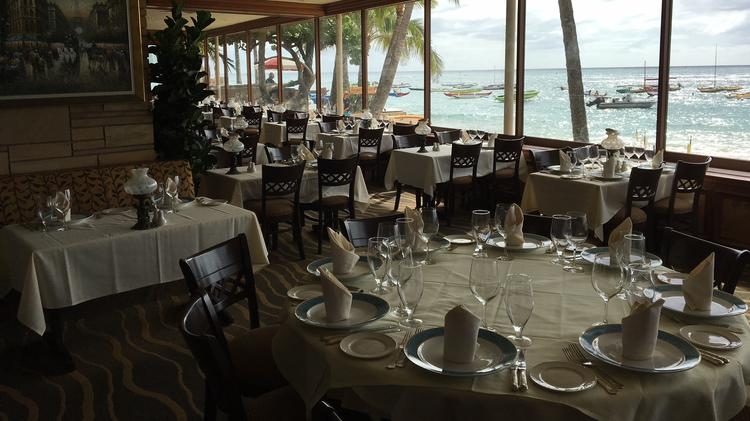 Michel S At The Colony Surf In Waikiki One Of Most Por High End Restaurants Hawaii For More Than 50 Years Is Being Sold Its Owner Confirmed To