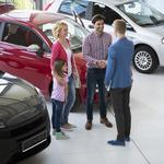 How new car dealerships make money