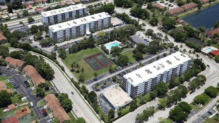 Ellington Apartments In Miami Gardens Sold South Florida Business Journal