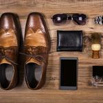 ​4 gifts to give a businessman to improve his wardrobe