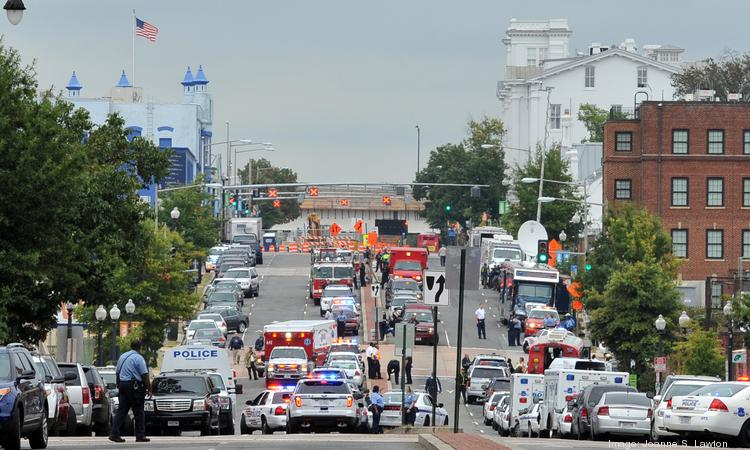 The Navy's vetting of contract workers at Navy installations is under scrutiny following the Navy Yard shooting that left 13 dead, including the alleged shooter.