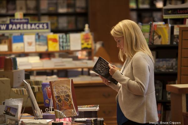 Book World will open a store in Mequon in November.