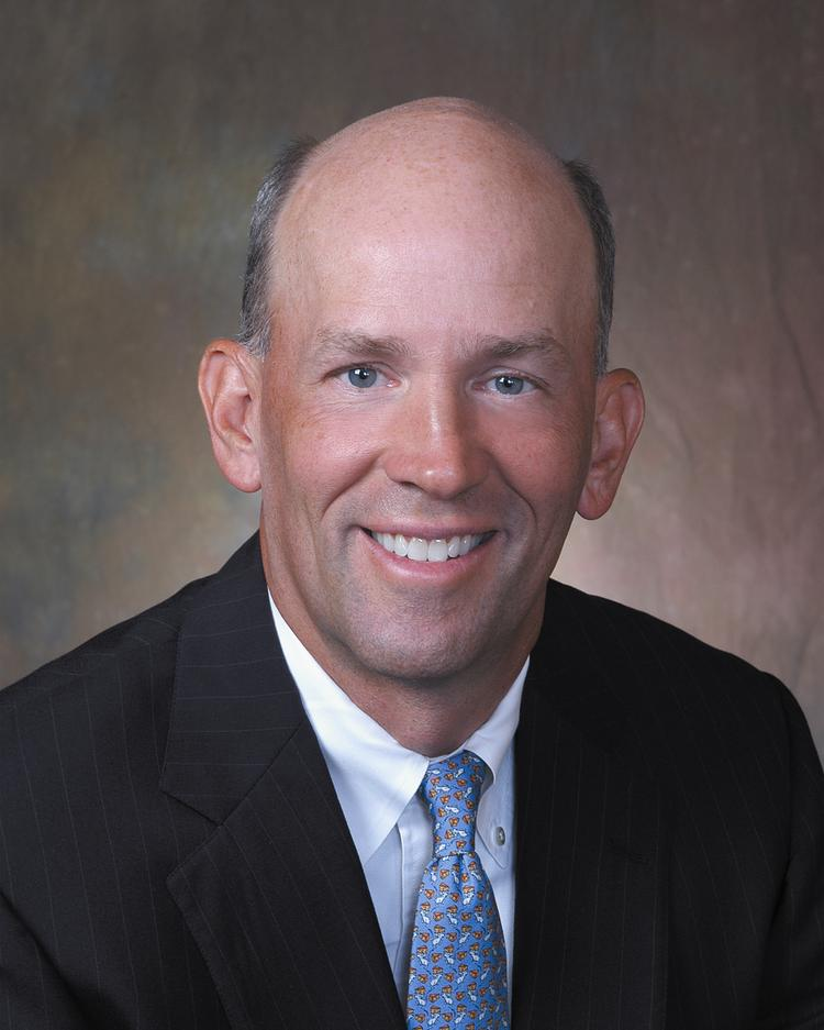 Scott Custer is the CEO of Raleigh-based VantageSouth Bank (NYSE: VSB).