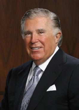 No. 386 Sidney Kimmel Net Worth: $1.3B Age: 85 Residence: New York Source: Retail  Sidney Kimmel is the founder of Jones Apparel Group, as well as a philanthropist and film producer. He was born and raised in Philadelphia but despite no longer living in the area, Kimmel still devotes much of his philanthropic efforts toward his home town, helping to fund the Kimmel Cancer Center at Thomas Jefferson University Hospital, The Kimmel Center for the Performing Arts, The National Constitution Center, Raymond and Ruth Perelman Jewish Day School and The National Museum of American Jewish History.
