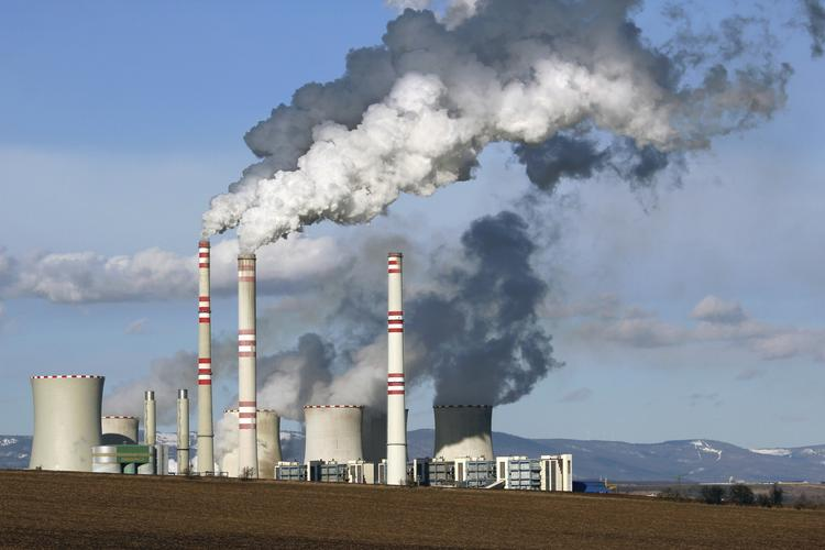 Sen. Martin Heinrich, D-N.M., applauded new proposed Environmental Protection Agency standards for power plants, while Rep. Steve Pearce, R-N.M., denounced them.