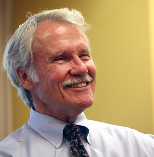 778367086 Kitzhaber, seven other governors align to back zero-emission vehicles | Sustainable Business Oregon