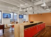 A culture of hospitality permeates the Tableau corporate culture, so an appealing kitchen common area was an important element of the office design.