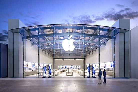 The Nakash family bought the Apple Store on the Third Street Promenade in Santa Monica, Calif., for $60 million last year.