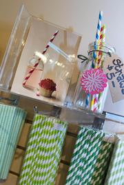 All kinds of straws are available to go with different party themes.