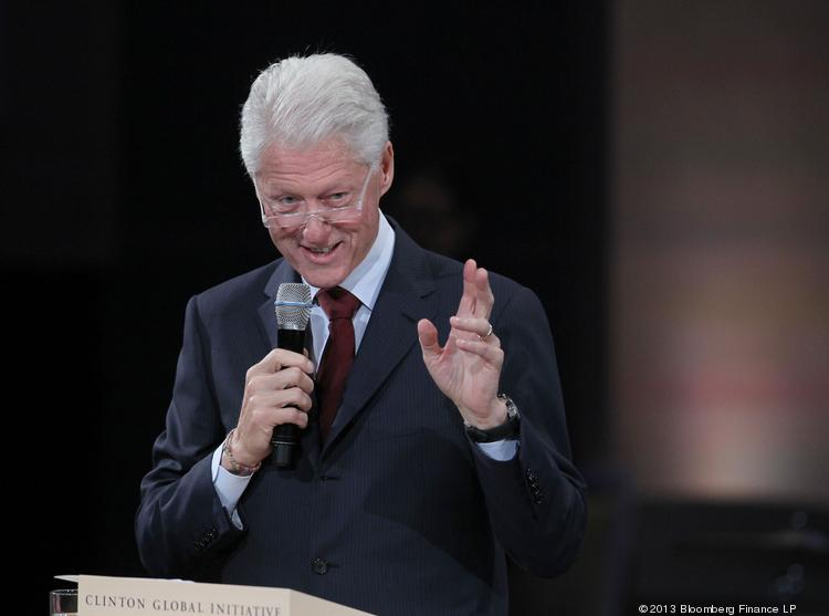 Former President Bill Clinton says people should be able to keep their old insurance plans if they want to, even if that means changing the Affordable Care Act.