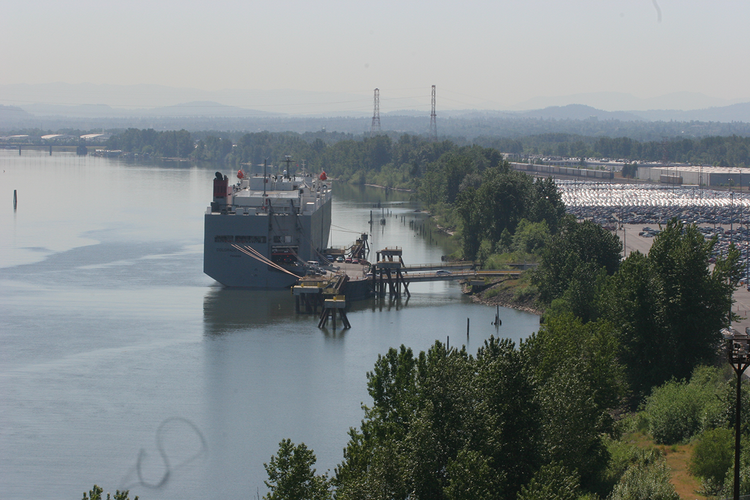 A new jobs report from the Portland Business Alliance highlights the importance of international trade to the region.