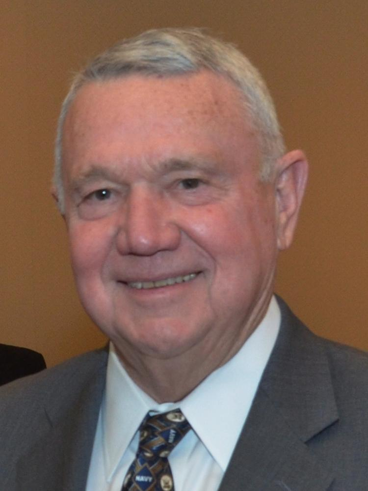 Austin's Mayor Lee Leffingwell fielded a few substantive questions and indulged others in his first visit to the online community Reddit on Wednesday.