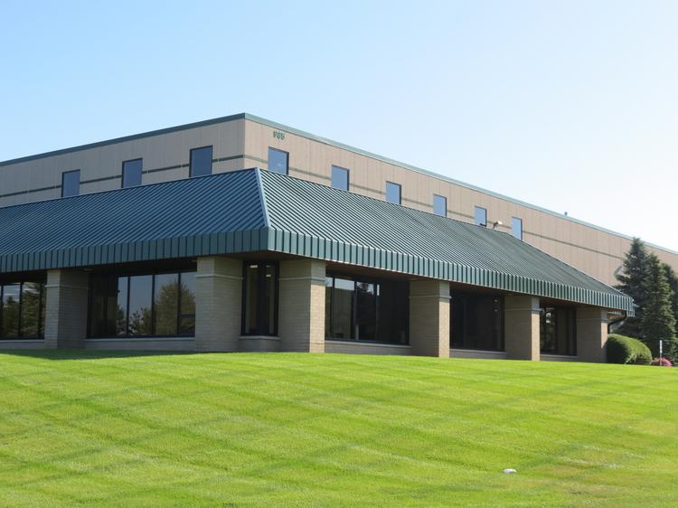 Meritex recently acquired the 172,849-square-foot distribution facility located at 985 Aldrin Drive in Eagan.