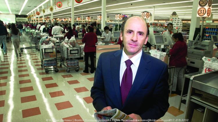 Arthur T. Demoulas, former CEO of the Market Basket grocery store chain in the Chelsea, MA store.