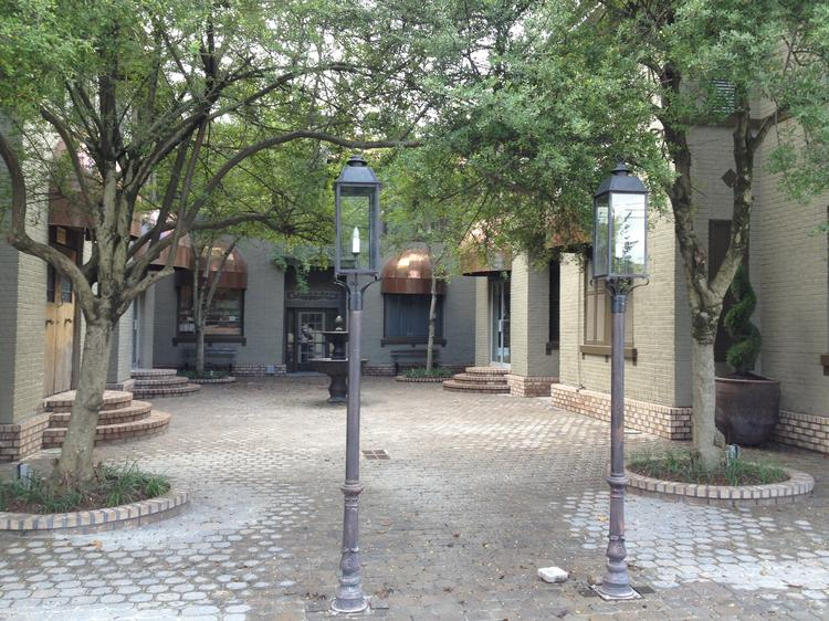 Sew Memphis will move into the courtyard Overton Square