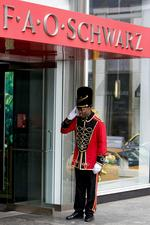 FAO Schwarz may move flagship from 5th Ave. (Video)