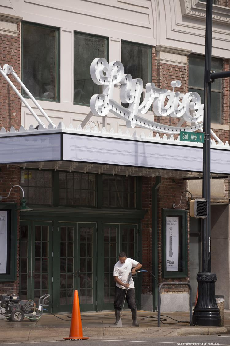 As the Lyric Theatre comes back to life, the restaurant next door, Lyric Hot Dogs & Grill will take its final bow in January.