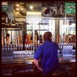In addition to beers brewed on site, local craft beers are also on tap
