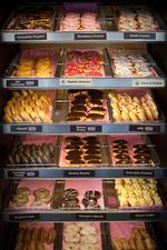 Ice cream and donuts? Franchisee to open 8 Dunkin' Donuts, Baskin-Robbins eateries