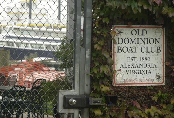 A dispute over the Old Dominion Boat Club parking lot is going public.