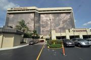 5. DoubleTree by Hilton Miami Airport Convention Center: 172,000 square feet