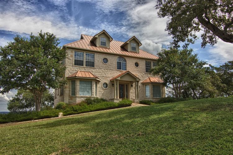 The offices at 8012 Bee Cave Road looks like an elegant estate, but it was built as office space, and now it's on the market for $1.2 million. Click on the image to launch a slideshow of photos showing the inside the building.