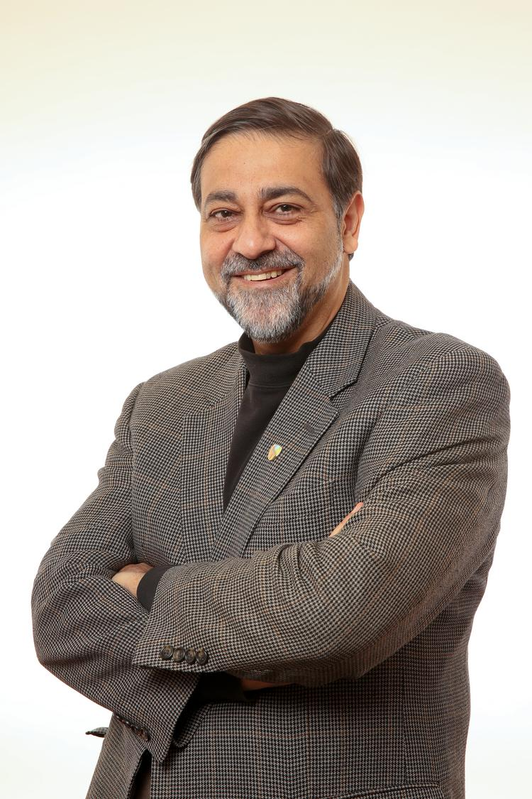 Entrepreneur and academic Vivek Wadhwa has a short list of female candidates that he thinks would be a good fit for Twitter's all-male board.