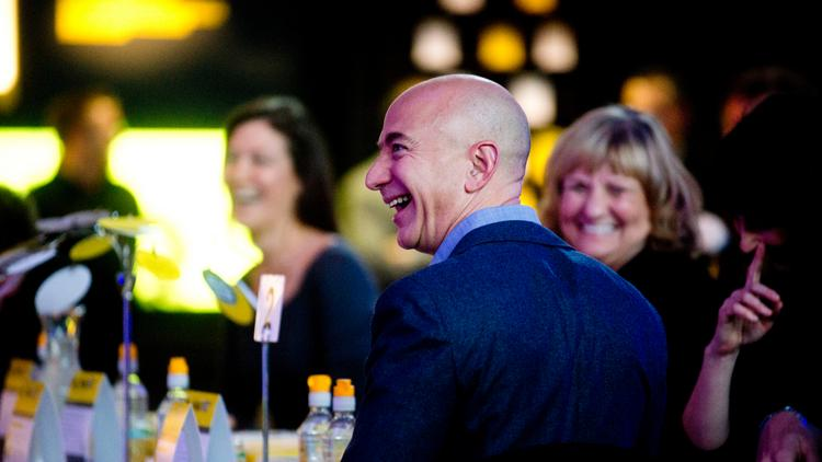 Bezos Plays Up Amazon S Recent Seattle Philanthropy At Shareholders