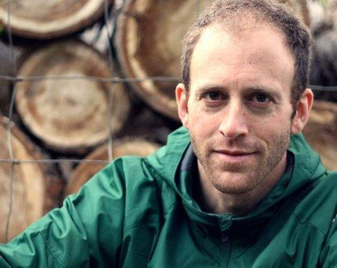 David Levine is a part-time teacher and freelancer who volunteers his time to such organizations as the Oregon Environmental Council.