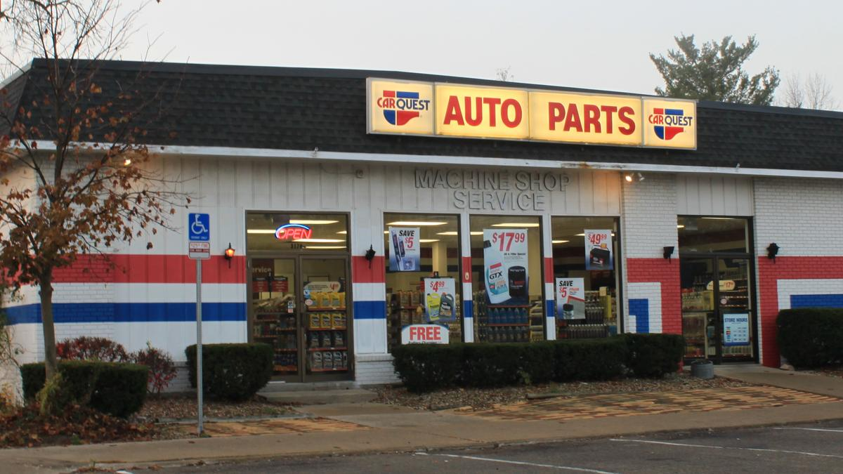 A year after advance auto part 39 s nyse aap 2b deal for for General motors parts department