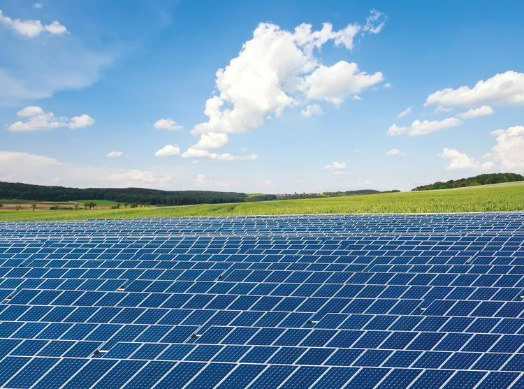 University of Texas at San Antonio's Texas Sustainable Research Institute has won a $750,000 grant to train minority students for solar-industry jobs.