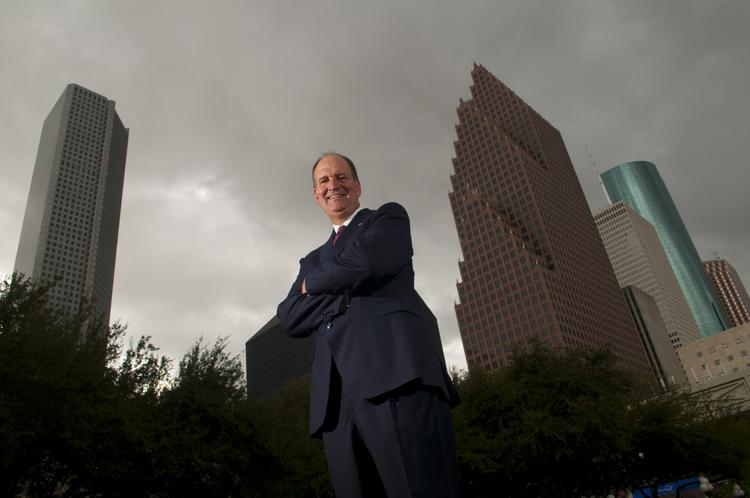 Veteran bank executive Preston Moore (pictured) leads Community Trust Bank, the latest entrant among multiple Louisiana players wrestling for big gains in the Bayou City.