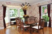 Webster Woods: The dining room has bay windows.