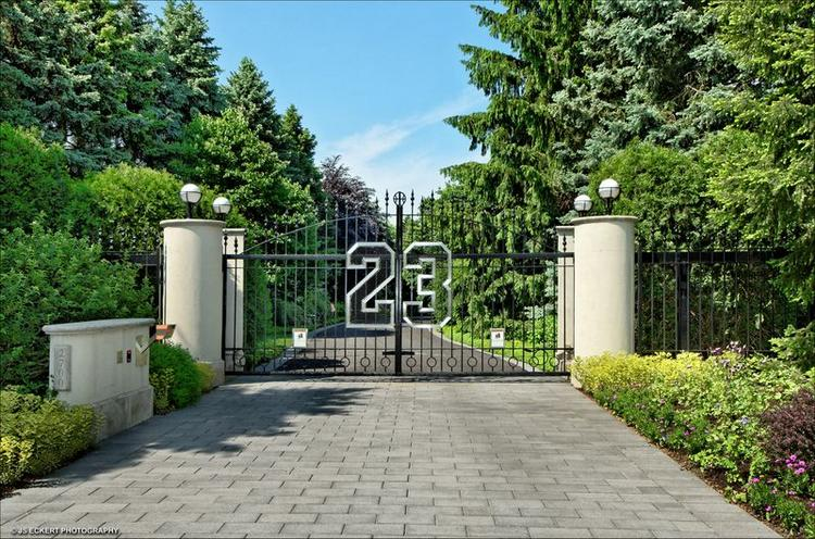 Michael Jordan's 56,000-square-foot estate outside of Chicago is back on the open market.